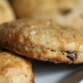 Beer for breakfast: Autumn Maple Oat Scones with Raisins